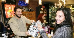 Kiehl's shopping party for Eliza @ Hondos Center Kolonaki 20.12.2011 [Ανταπόκριση]